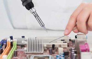 Un fer à souder électronique sert exxentiellement à souder des composants électroniques
