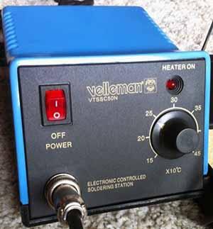 Station de soudage Velleman VTSSC50N - Vue du boitier de la station